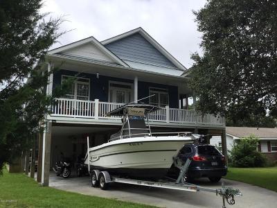 Oak Island Single Family Home For Sale: 4105 E Oak Island Drive