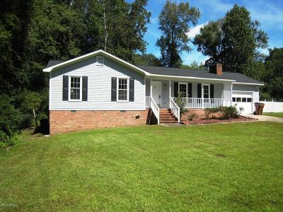 Onslow County Single Family Home For Sale: 306 Stillwood Drive