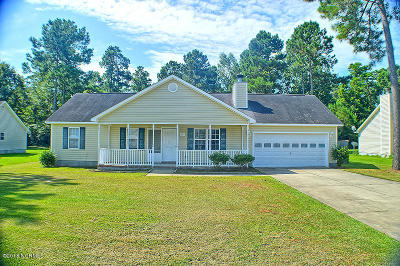 Sneads Ferry Single Family Home For Sale: 214 Molly Court