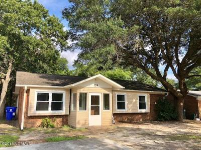 28465 Single Family Home For Sale: 124 NE 38th Street