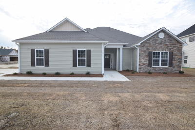 New Bern Single Family Home For Sale: 1004 Bluefin Way