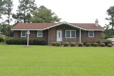 Whiteville Single Family Home For Sale: 246 Elizabeth Drive