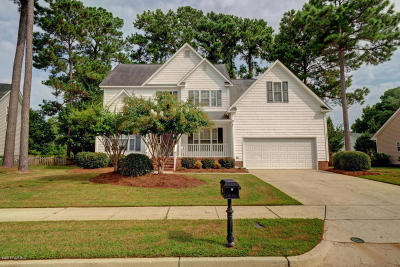 Wilmington Single Family Home For Sale: 221 Windchime Drive