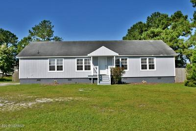 Onslow County Single Family Home For Sale: 303 Riggs Road