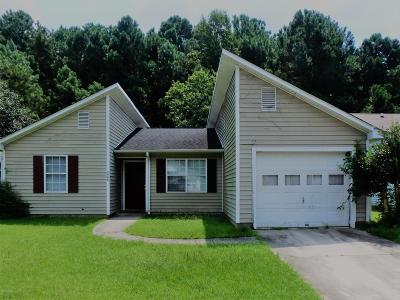 Onslow County Single Family Home For Sale: 3048 Foxhorn Road