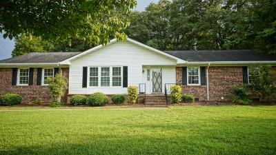 New Bern Single Family Home For Sale: 4905 Cypress Shores Drive