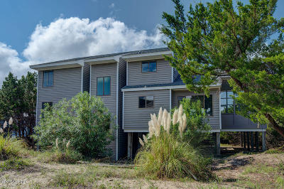 Bald Head Island Single Family Home For Sale: 10 Laughing Gull Trail