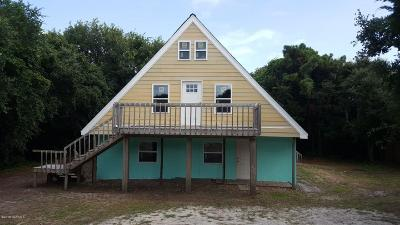 Emerald Isle Single Family Home For Sale: 5713 Emerald Drive