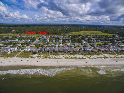 Oak Island Single Family Home For Sale: 1918 E Beach Drive