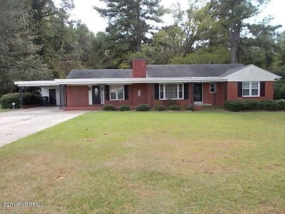 Whiteville NC Single Family Home For Sale: $176,000