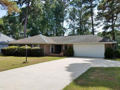 Carolina Shores Single Family Home For Sale: 8 Calabash Drive