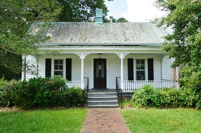 Single Family Home For Sale: 302 S Main Street