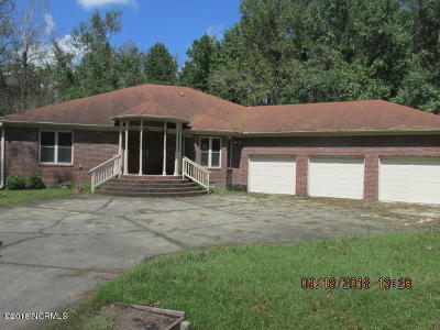 New Bern Single Family Home For Sale: 316 E Camp Kiro Road