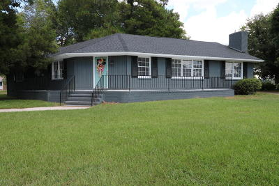Whiteville NC Single Family Home For Sale: $149,000