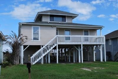 Holden Beach Single Family Home For Sale: 138 Lions Paw Street