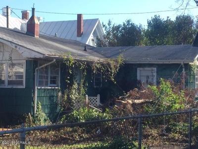 Beaufort Single Family Home For Sale: 215 Turner Street