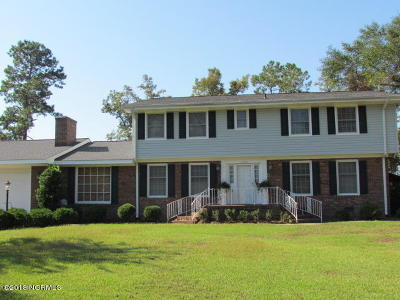 Lake Waccamaw Single Family Home For Sale: 1006 Bella Coola Road