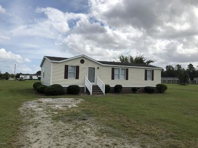 New Bern Manufactured Home For Sale: 115 Lariat Circle Circle