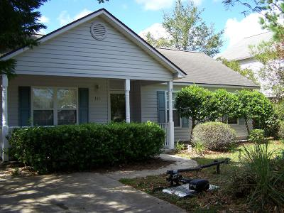 Oak Island NC Single Family Home For Sale: $189,900
