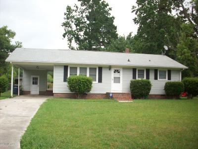 Jacksonville Single Family Home For Sale: 104 Cardinal Road