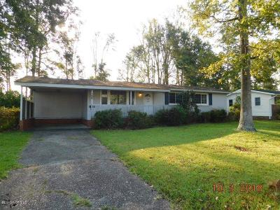 Jacksonville NC Single Family Home For Sale: $79,500