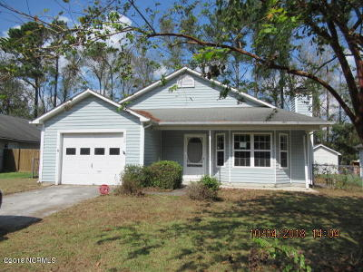 Onslow County Single Family Home For Sale: 1208 Gerald Drive