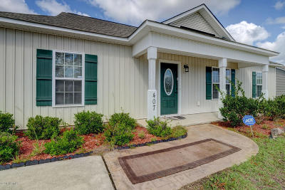 Holly Ridge Single Family Home For Sale: 407 N Hines Street