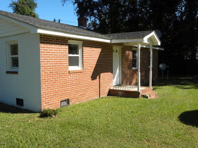 Edgecombe County Single Family Home For Sale: 141 Parker Lane
