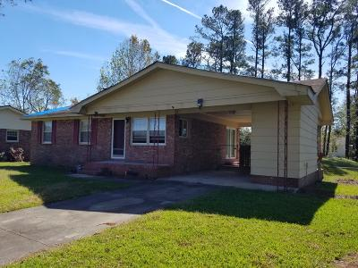Onslow County Single Family Home For Sale: 118 Oxford Drive
