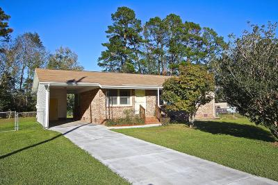 Onslow County Single Family Home For Sale: 15 Yorkshire Drive