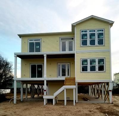Holden Beach Single Family Home For Sale: 215 Brunswick Avenue W