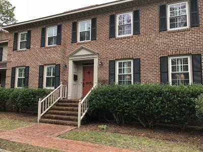 Wilmington Condo/Townhouse For Sale: 2726 Oleander Drive #B