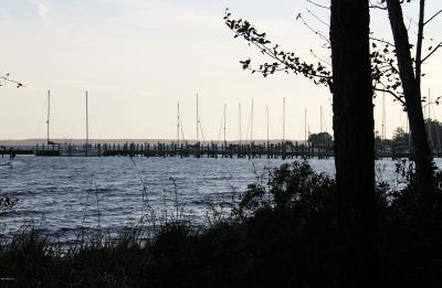 New Bern Residential Lots & Land For Sale: 1010 Harbour Pointe Drive