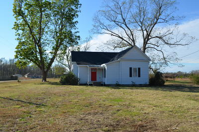 Maysville Single Family Home For Sale: 2317 White Oak River Road