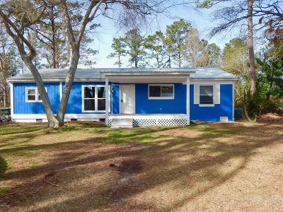 Newport NC Single Family Home For Sale: $165,000