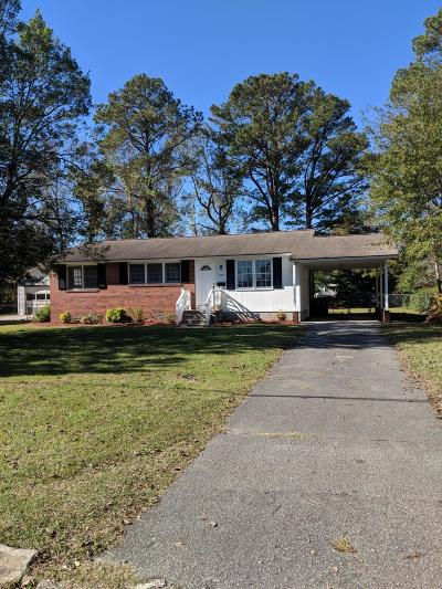 Onslow County Single Family Home For Sale: 709 Seminole Trail