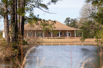 Whiteville Single Family Home For Sale: 538 Bullard Drive