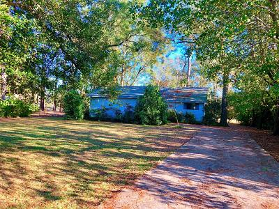 New Bern Single Family Home For Sale: 909 Plantation Drive Drive