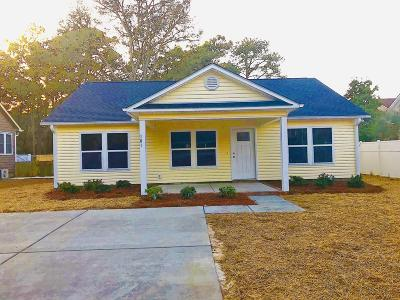 Oak Island Single Family Home For Sale: 116 NE 4th Street