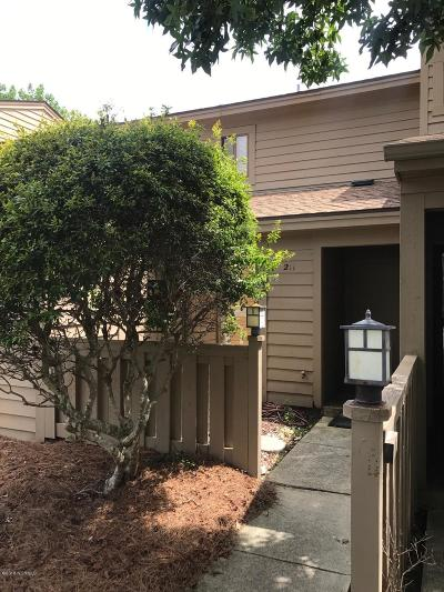 Wilmington Condo/Townhouse For Sale: 211 Saint Luke Court