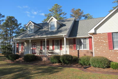Oriental NC Single Family Home For Sale: $365,000
