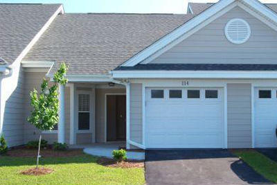 Morehead City Condo/Townhouse For Sale: 114 Willow Pond Drive #114