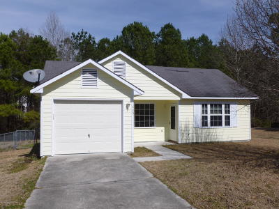 Jacksonville Single Family Home For Sale: 115 Suffolk Circle