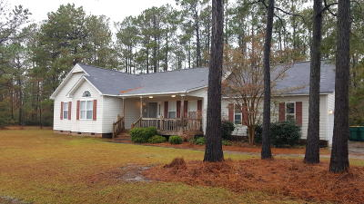 Swansboro Single Family Home For Sale: 101 River Reach Drive W