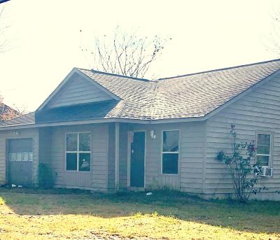 New Bern NC Single Family Home For Sale: $76,000