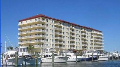 Morehead City Condo/Townhouse For Sale: 100 Olde Towne Yacht Club Road #411