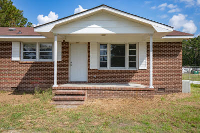 Onslow County Single Family Home For Sale: 516 Waters Road