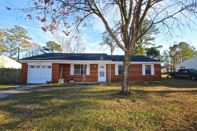 Onslow County Single Family Home For Sale: 125 White Oak Boulevard