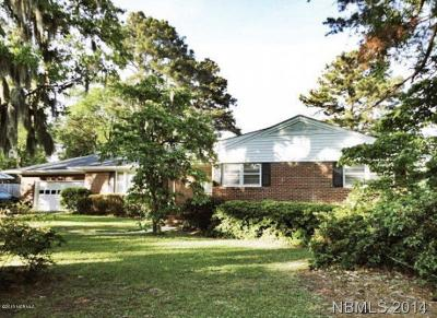 Trent Woods Single Family Home For Sale: 602 W Wilson Creek Drive