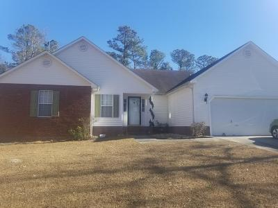 Jacksonville Single Family Home For Sale: 104 Trenton Place